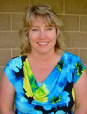 Educational Sales Coordinator Tracy Hull, RDH